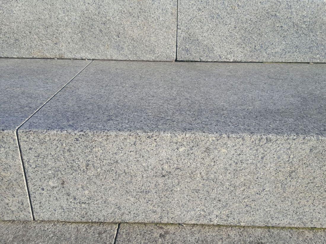 azul platino steps closeup